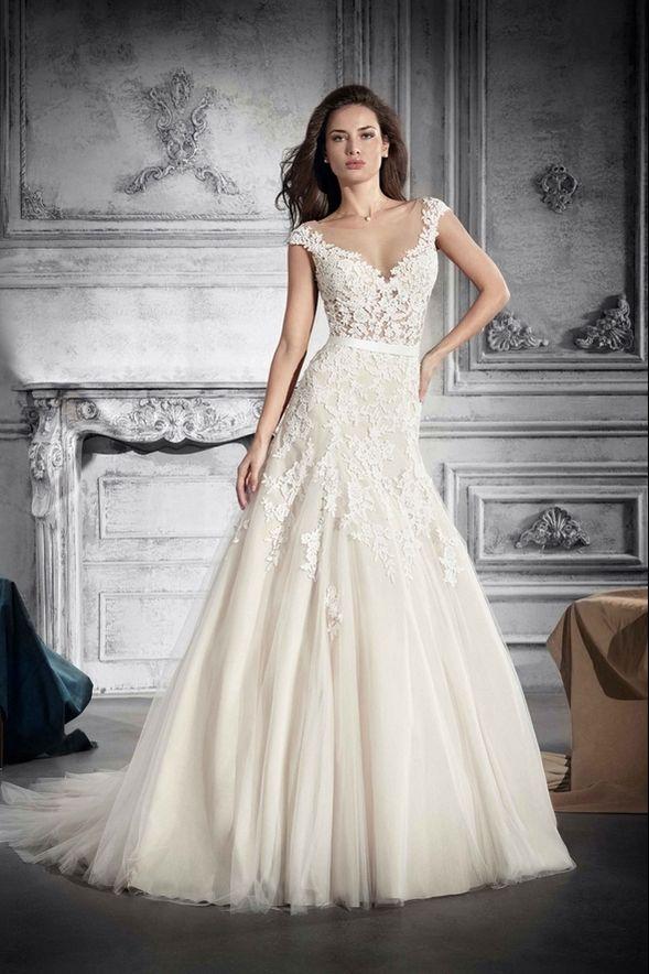 Νυφικά Φορέματα Demetrios Collection - Style 756