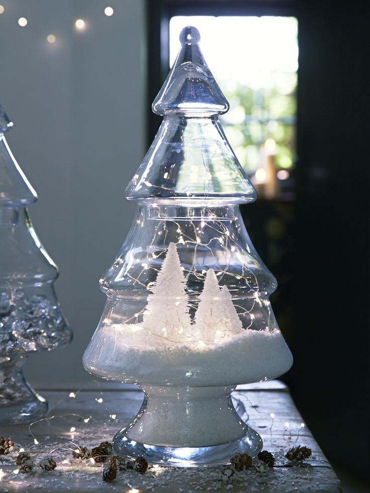 Love this Glass Christmas Tree in a Jar - perfect for bringing a bit of festivity to your desk! #christmas #decorations