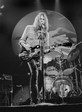 Neil Young in Concert, London, 1983;Richard Young