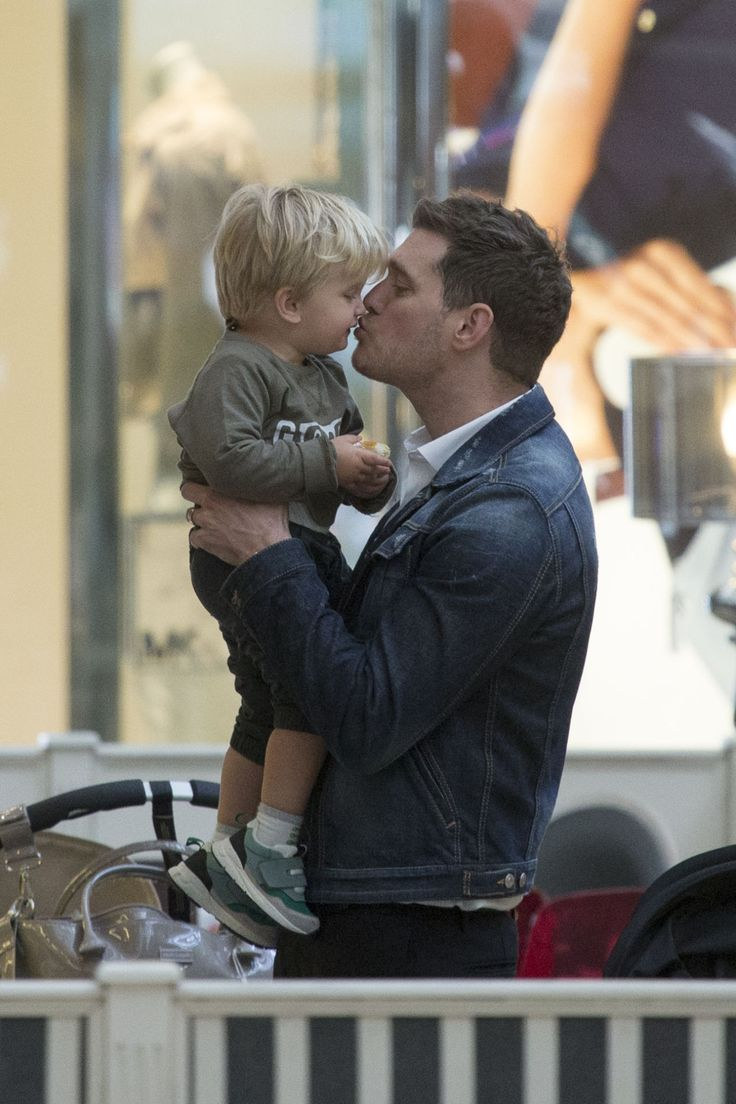 Michael Bublé's 3-year-old Son Noah Has Been Diagnosed With Cancer