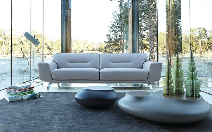 Perle sofa for roche bobois collection 2014 by sacha lakic for Canape roche bobois cuir