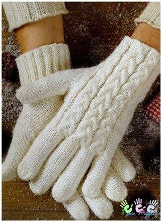 Хорошенькие вязаные перчатки