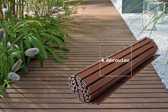 Terrasse en bois à dérouler - A la place d'une allée moche, plus facile d'entretien que des graviers