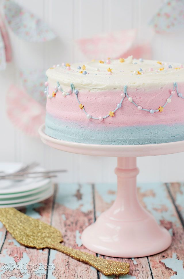 Sweet and Sparkly Garland Cake