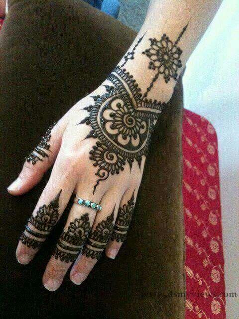 Simple Wedding Henna. Love it!