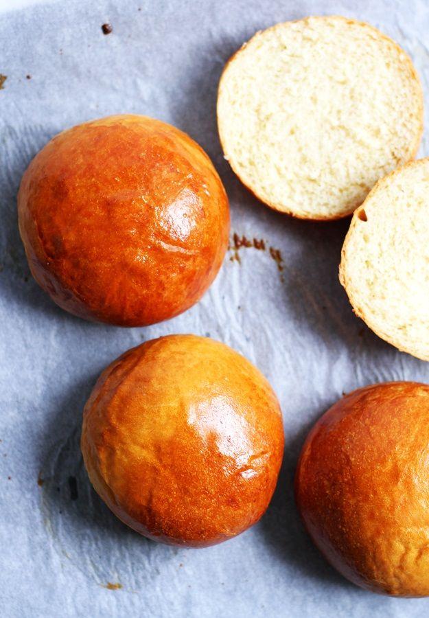 Bun Bun Burger Schwenningen : weiche burger buns rezept brot und br tchen burger br tchen rezept rezepte und burger ~ Watch28wear.com Haus und Dekorationen