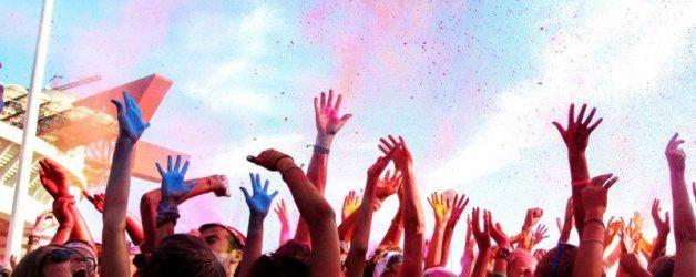 Grande successo per l'edizione milanese della Color Run: la 5km più colorata e divertente del pianeta! In diecimila per la corsa della pace!  Leggete di più su: http://6e20.it/it/blog/color-run-milano.html