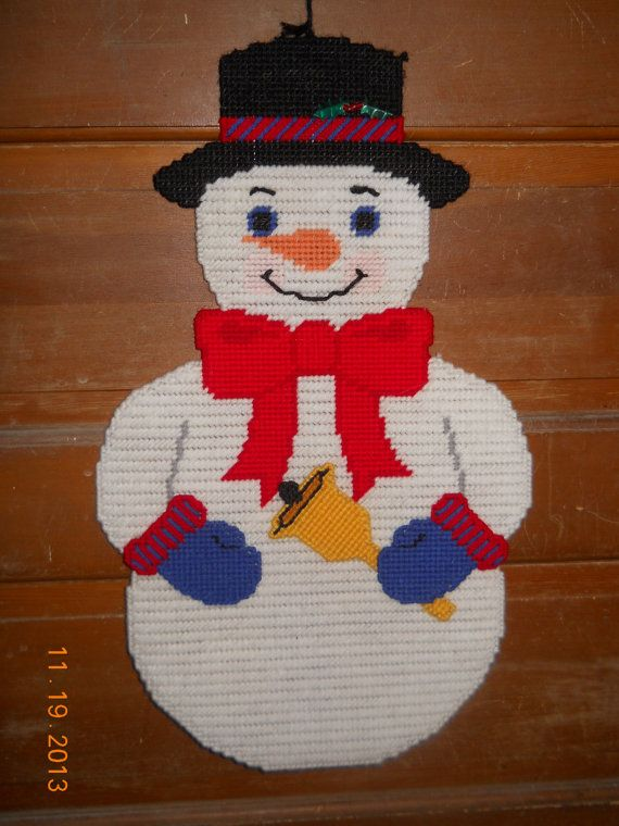 Stan the Snowman Wall hanging in Plastic canvas