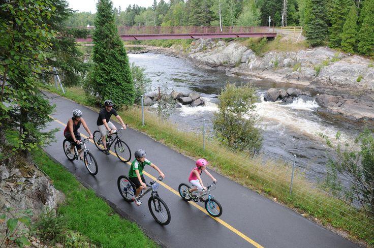 Le Horst de Kénogami est 72 km réseau cyclable entre le Lac-Saint-Jean et la rivière #Saguenay Tous droit réservés (c) Promotion Saguenay