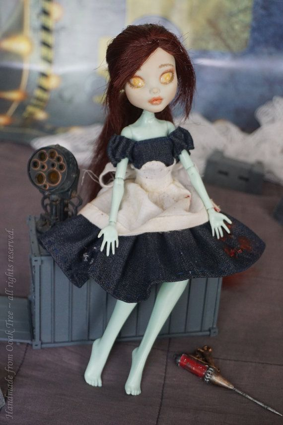 Handmade from Ooak Tree – one of Bioshocks trilogy famous characters – Little Sister with her ADAM needle. Custom made from scratch. Monster High (Frankie Stein) doll turned into powerfull dark character, once sweet and innocent girl, now genetically altered and mentally