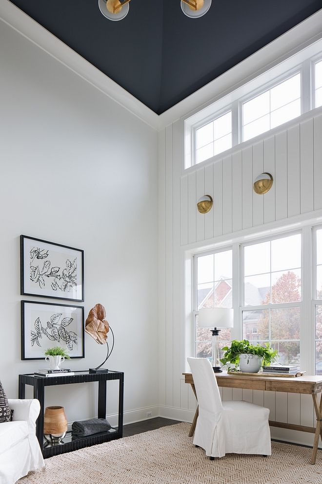 Ceiling Paint Color Is Benjamin Moore Charcoal Slate And Wall Paint Color Is Benjamin Moore Oc 117 Simp Grey Interior Design Living Room Colors Interior Design
