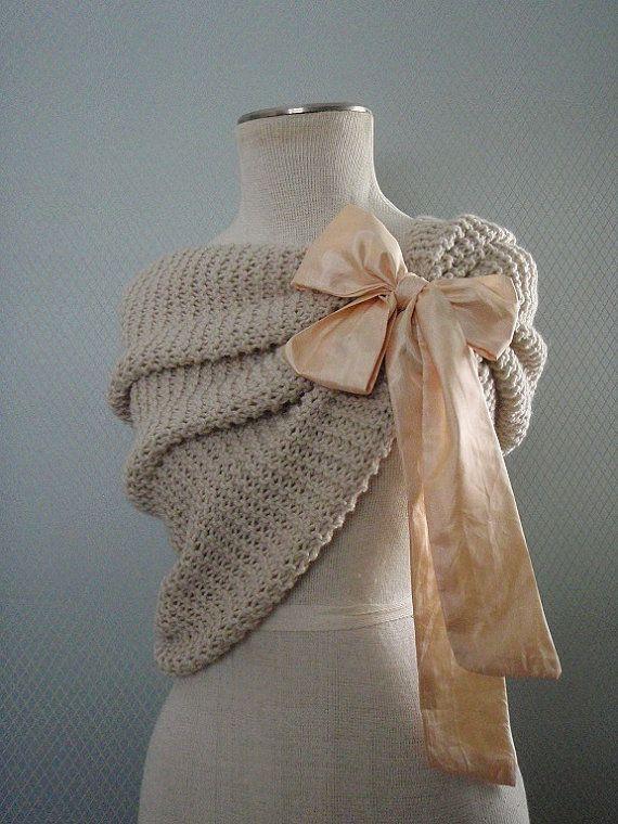 cape de mariage en tricot | ... De Mariage sur Pinterest | Boléro De Mariée, Mariages et Accessoires