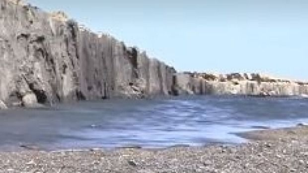 A wall of rock moved up about a metre and half up out of the ground during the quake.