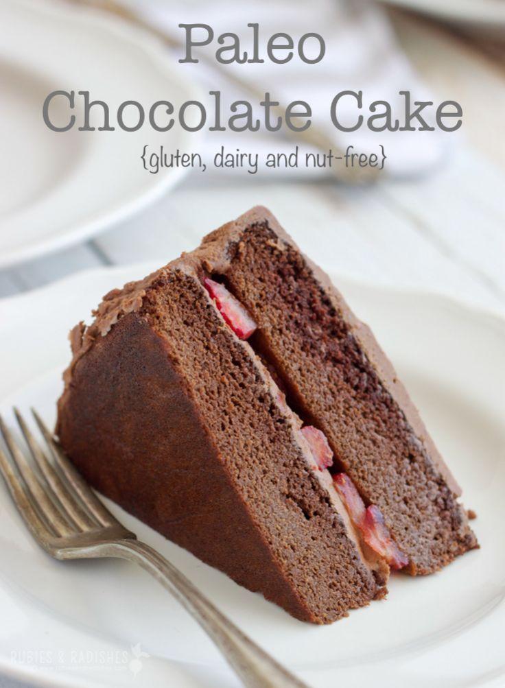 Paleo Chocolate Birthday Cake with Paleo Chocolate Frosting #paleo #paleobaking