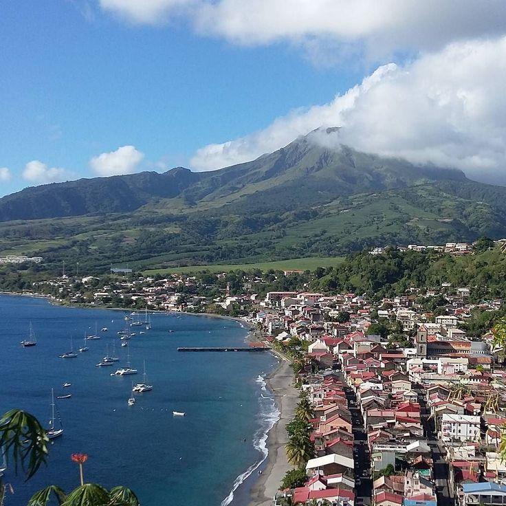 "Repost from Instagram ! #WeLike ! #Madinina by @chitouli ""Ville de St Pierre au pied de la pelée presque dégagée. ..#Madinina #nofilterneeded #ig_martinique #Martinique #montagnepelée #saintpierre # volcan #matinik_pictures"" http://ift.tt/1Vrc8aq"