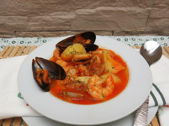 Sopa Bullabesa De Pescado Y Marisco Pescados Y Mariscos Mariscos Sopa De Mariscos