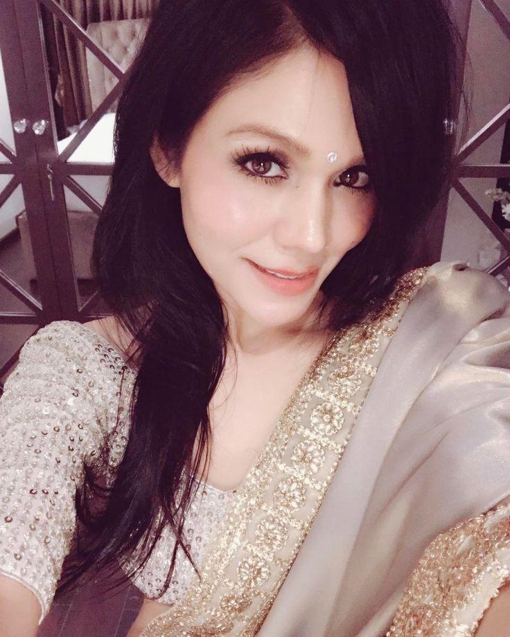 Beauty is when you can appreciate yourself. When you love yourself, that's when you are most beautiful.  #sonukakkar #selfie #lo