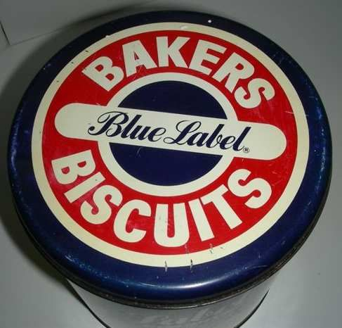 Tin - Bakers Blue label biscuit Tin - vintage was sold for R100.00 on 10 Jun at 12:31 by BoDiddly in Johannesburg (ID:67026468)