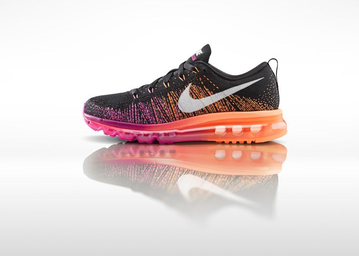 Nike Womens Flyknit Air Max
