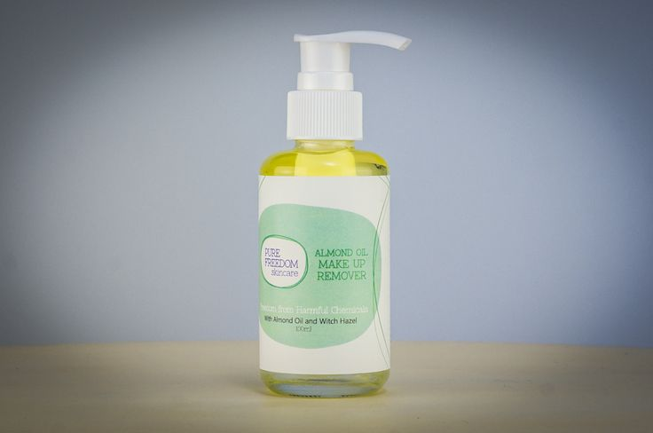 Castor Oil and Witch Hazel gently remove make up and unblock pores while Almond Oil soothes and softens the skin. Directions Pump onto cotton pad and wipe over the face and or eyes before cleansing. Always shake before as ingredients will naturally separate. Please use caution when using this product as some surfaces may become …