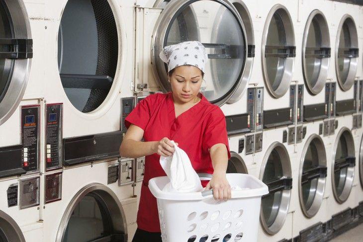 Using an industrial washing machine