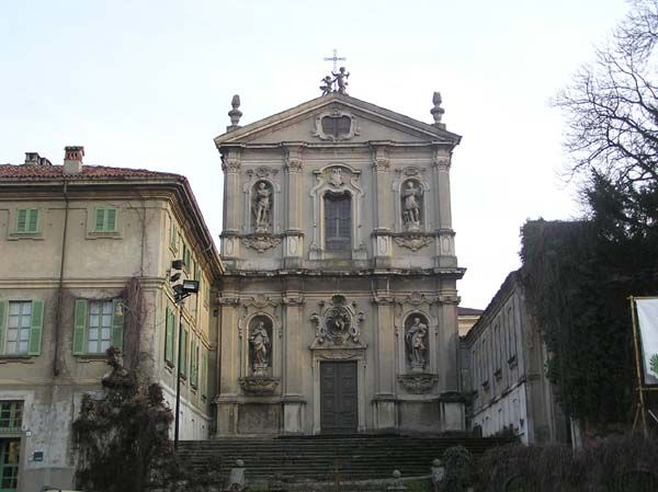 Chiesa di San Vittore accanto alla Villa Antona Traversi | Meda #brianzaville