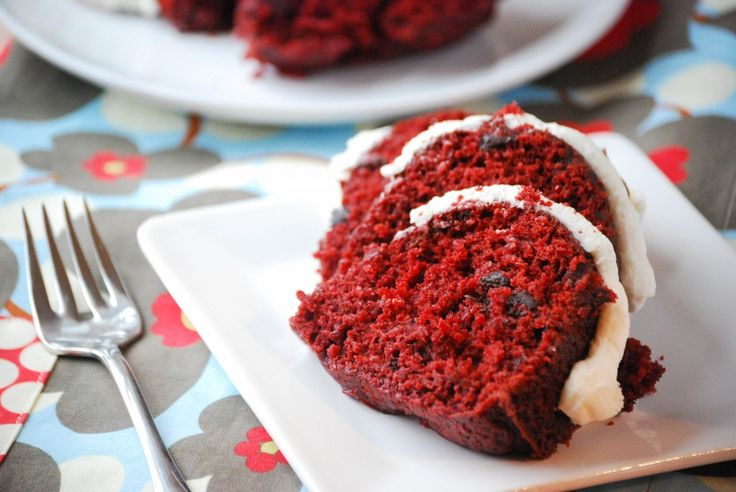 Red Velvet Bundt Cake - Copycat version of Nothing But Bundt Cakes.