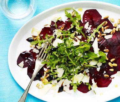 Rödbetscarpaccio med parmesan och balsamico - Mitt kök