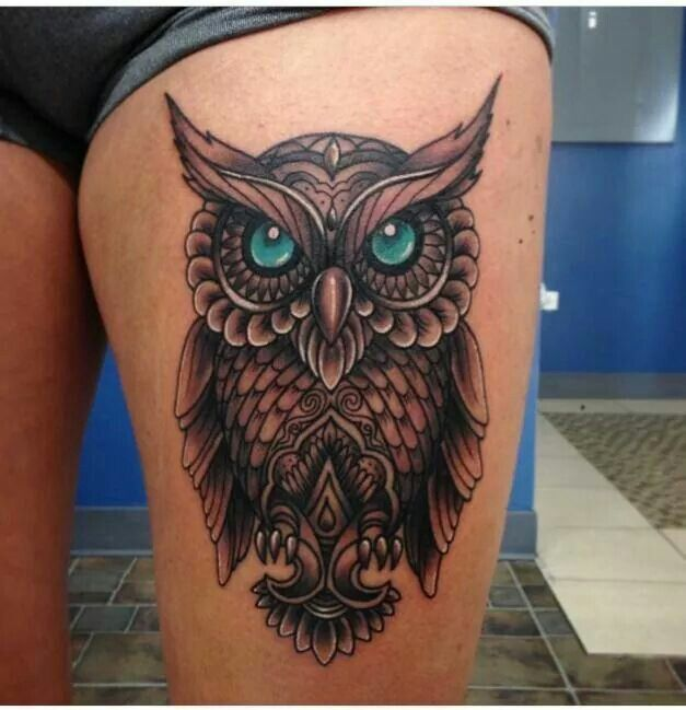 25 best ideas about owl thigh tattoos on pinterest owl drawings owl tattoos and owl tattoo. Black Bedroom Furniture Sets. Home Design Ideas