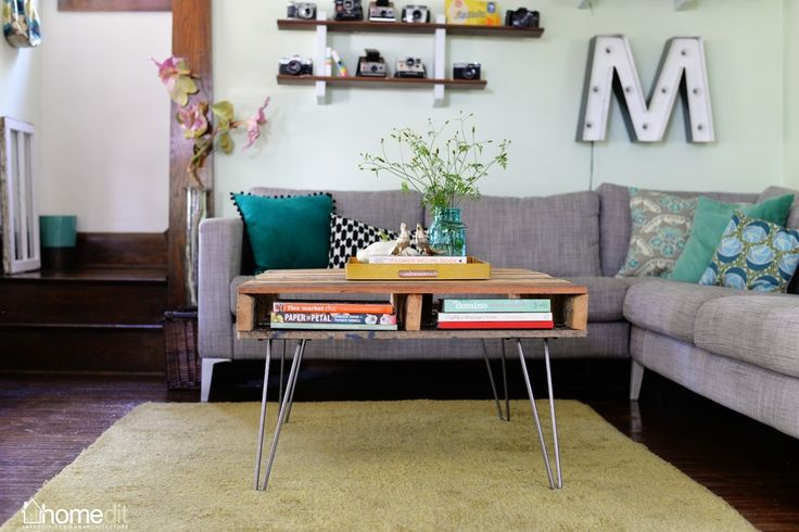 easy pallet coffee table with hairpin legs