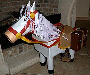 Knutselwerkje Haan of paard van knutselidee.nl