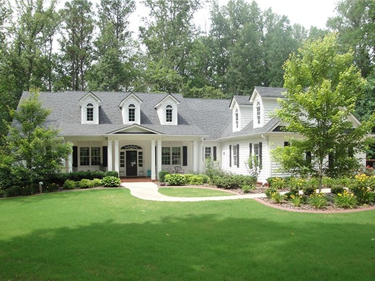 1000 Ideas About 4 Bedroom House Plans On Pinterest
