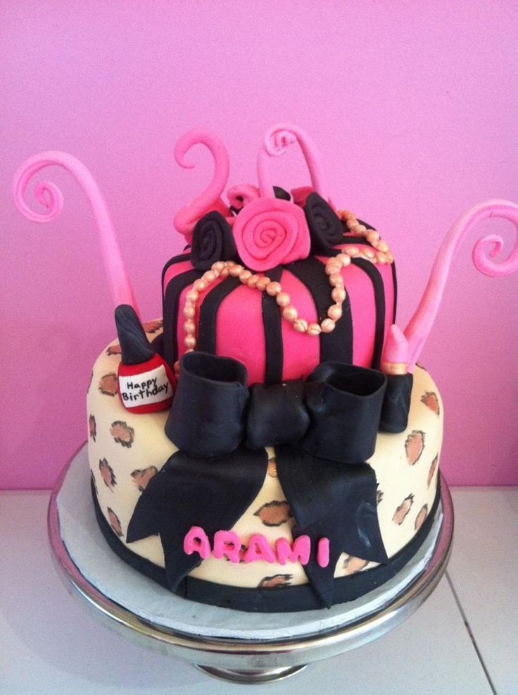diva birthday cake best 25 birthday cakes ideas on bday 3579