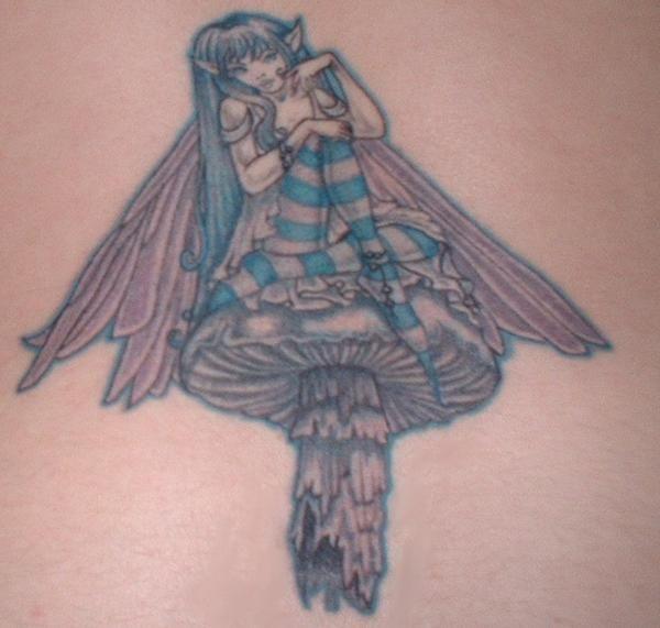 25 best fairy mushroom tattoos images on pinterest fairies tattoo mushroom tattoos and tattoo art. Black Bedroom Furniture Sets. Home Design Ideas