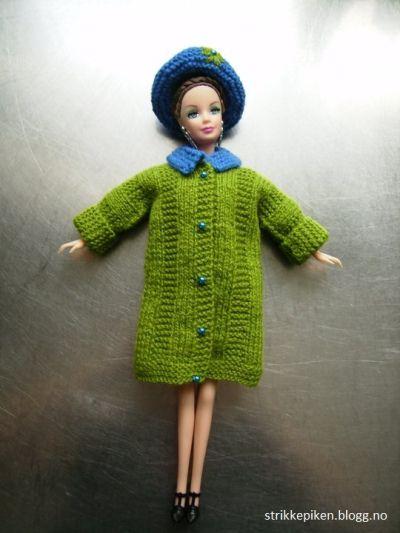 Strikk til Barbie (Strikkepiken) Linken burde egentilg være stickatilbarbie.se