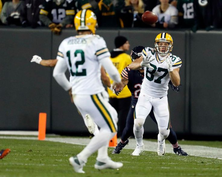 Thursday Night Football: Bears vs. Packers  -  October 20, 2016  -  26-10, Packers  - Green Bay Packers wide receiver Jordy Nelson (87) makes a catch against Chicago Bears cornerback Cre'von LeBlanc (22) as the Packers quarterback Aaron Rodgers (12) watches during the first half of an NFL football game, Thursday, Oct. 20, 2016, in Green Bay, Wis.