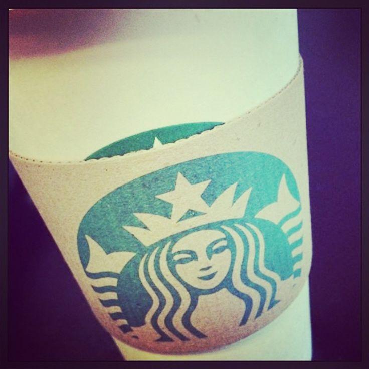 ¡Acompáñanos en el #Starbucks con una deliciosa bebida para decirle adiós al mes de Marzo! :) #ForumCoatzacoalcos #BuenInicioDeSemana