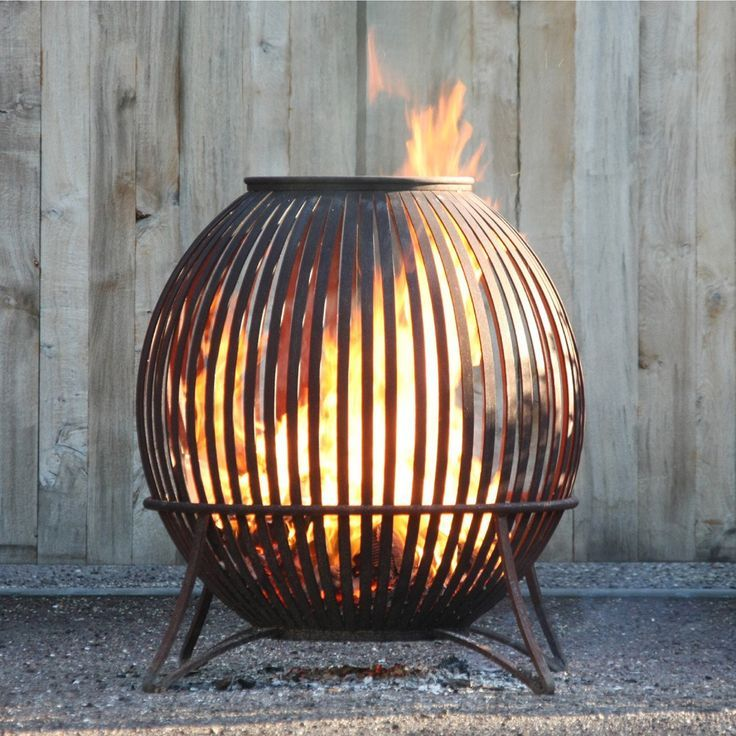 Fire pits can be perfect additions to any backyard space, not only for their aesthetic look, but for warming up those cold evenings. Whether you want to incorporate a modern and unique design constructed by the professionals