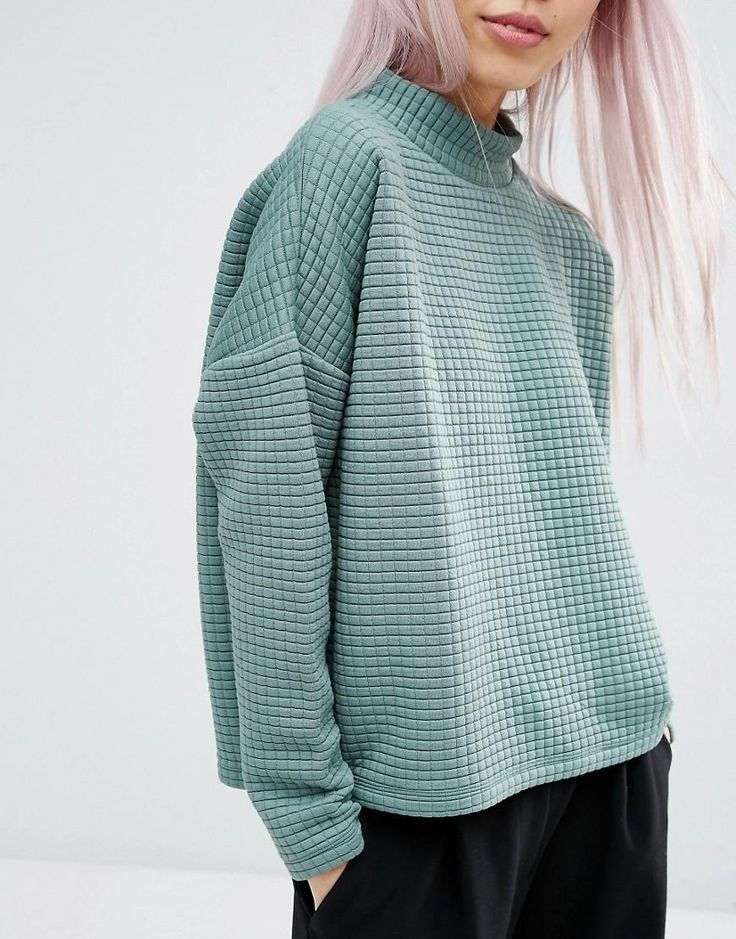 Boxy sweaters in mint and light pink hair -- minimal style