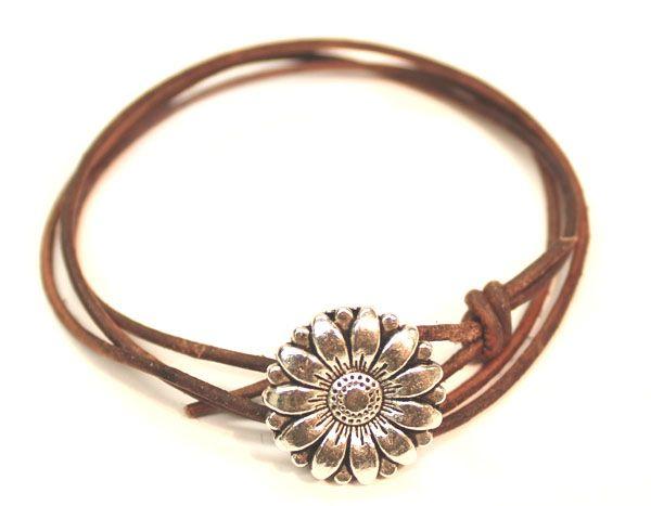 easy knot bracelets | i always pick the thimble