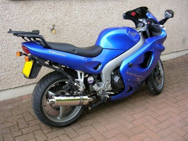 Triumph SPRINT ST 955I 98-03 Stainless round single outlet ROAD LEGAL exhaust #MaxTorqueCans