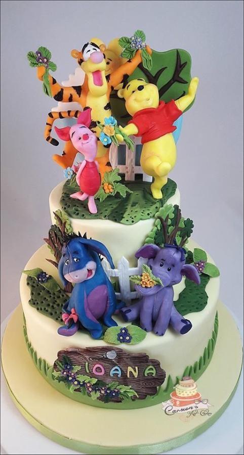 Winnie the Pooh - Cake by Carmen Iordache