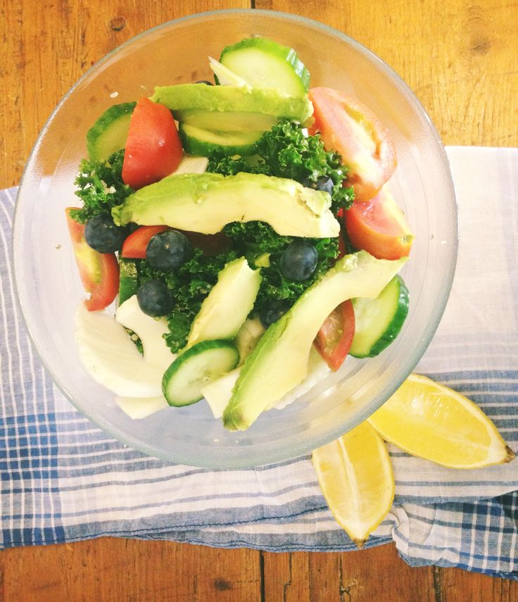 Digest me well Kale salad. Kale is a wonderful superfood. High in iron and loaded with nutrients but this awesome veg can also be the cause of some serious digestive discomfort. Unless you have digestion of steal raw kale can be pretty difficult to break down and often result in bloating and flatulence. This is …
