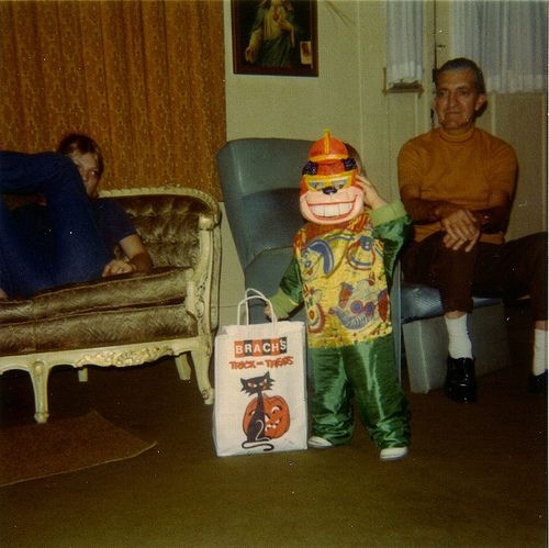 14 Adorably Retro Halloween Snapshots