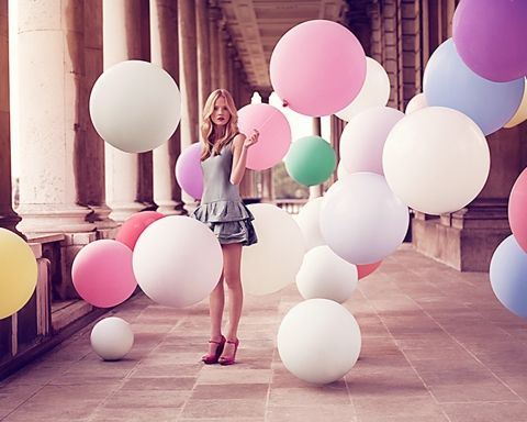 catching using balloons | cluster of round balloons looks much more whimsical and elegant than ...