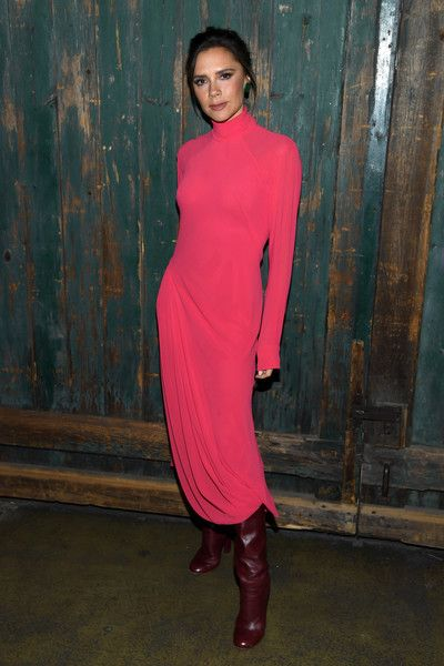 Victoria Beckham attends Vogue's Forces of Fashion Conference at Milk Studios on October 12, 2017 in New York City #victoriabeckham #vogue