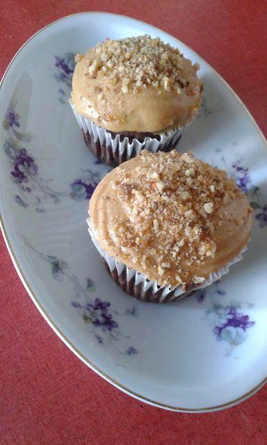 Grillázzsal szórt, karamellkrémes - kakaós muffin