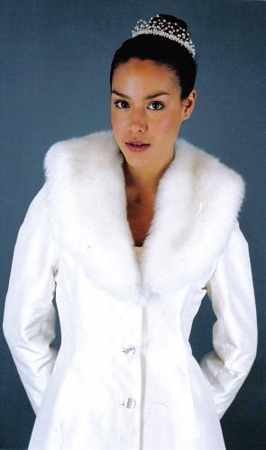 winter bride #LulusHoliday