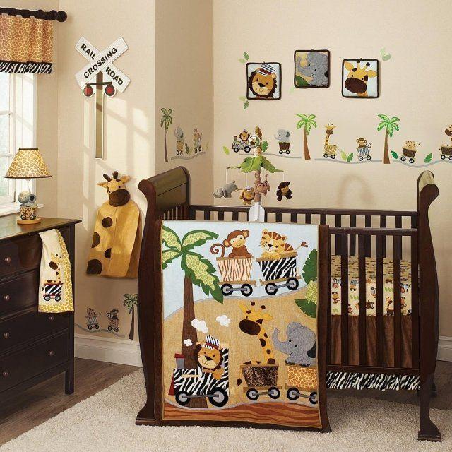 chambre bébé décorée sur le thème de la jungle