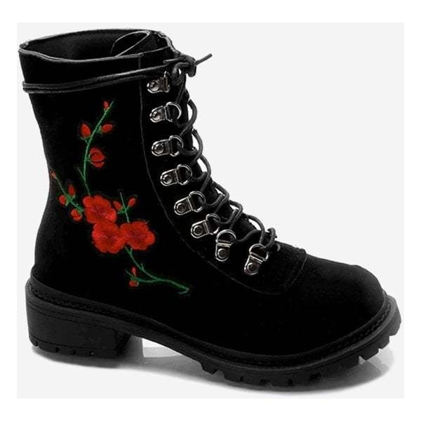 Boots (54 BGN) ❤ liked on Polyvore featuring shoes, boots, short black boots, ankle boots, thick heel bootie, chunky heel ankle boots and chunky heel boots